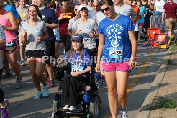 Disabled competitors in a half marathon event