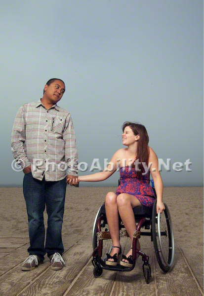 wheelchair; woman; women; disability; disabled; access; accessibility;beach;ocean;cafe;drinks;coffee;tea;dinning;friends;conversation;meeting;social;beach access;prominade;foreshore;couple;dating;romance