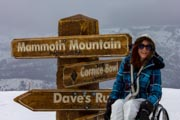 Young-woman-in-wheelchair-learning-to-snow-ski